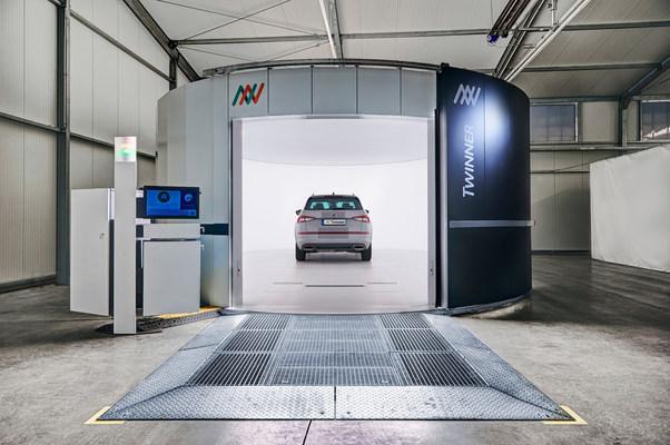 Twinner Space Open Car